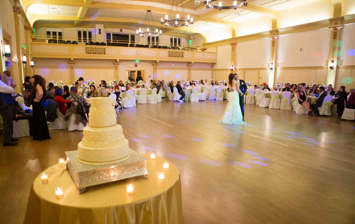 Professional Ballroom Wedding Venue