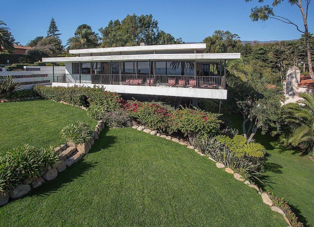 Grassy Landscape in Montecito