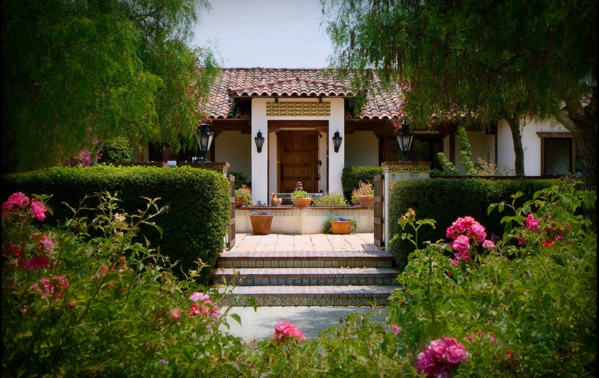 Entryway to Casitas Estate San Luis Obispo